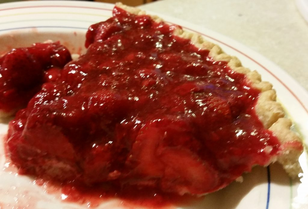 pretty strawberry pie